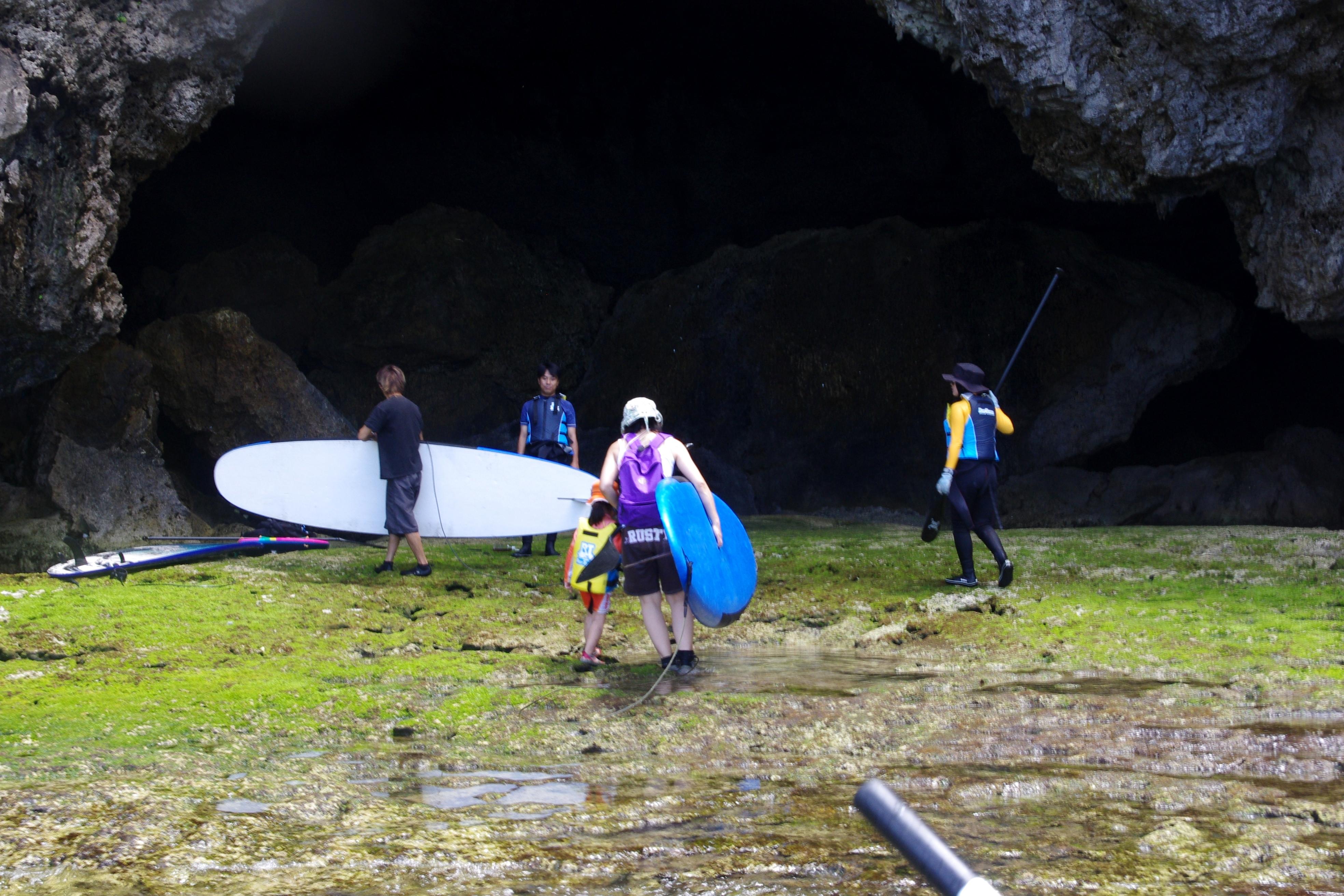 青の洞窟上陸